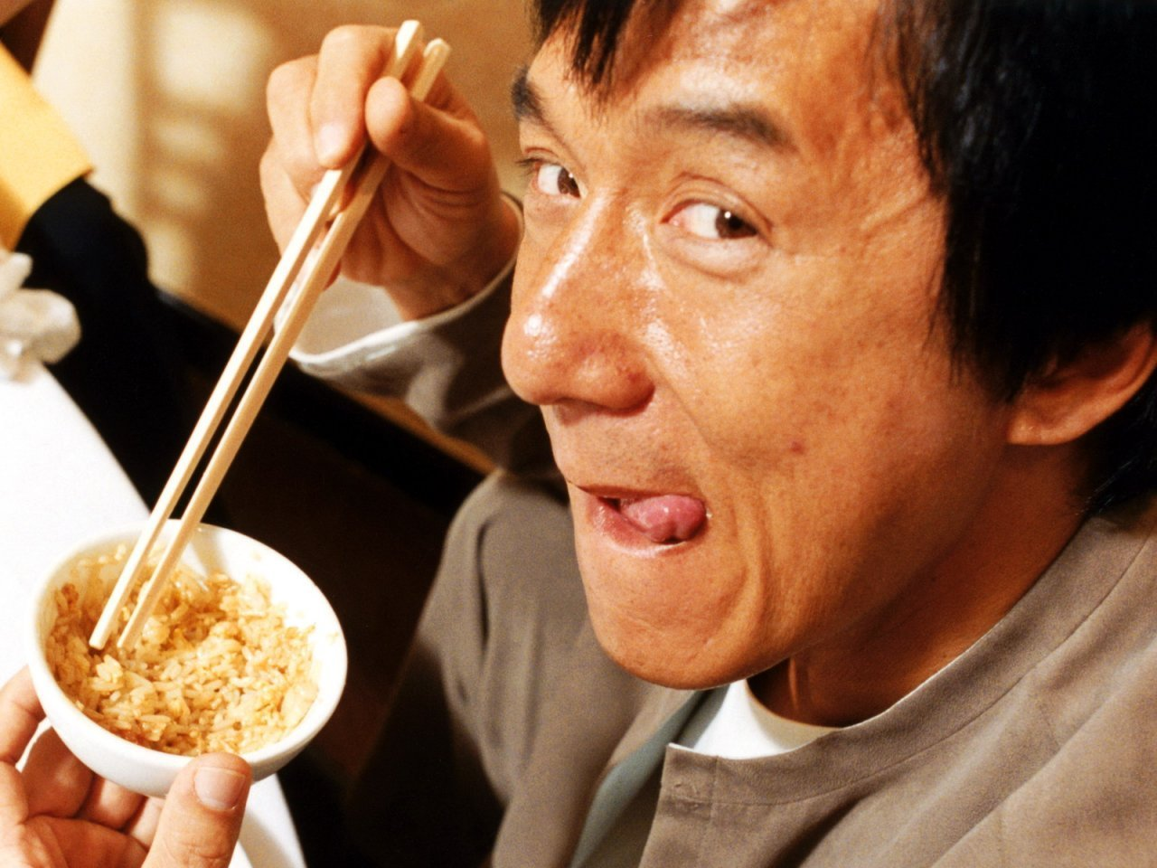 28 Jackie Chan Jokes by professional comedians!